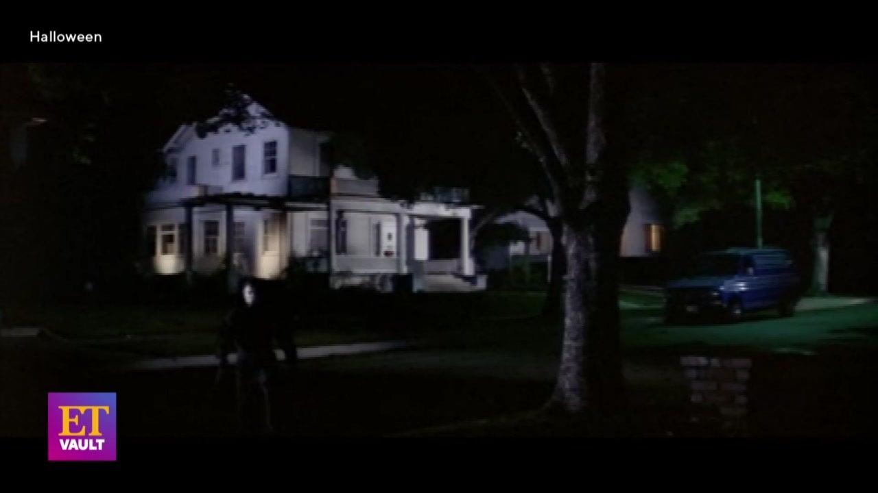 Jamie Lee Curtis Teaches Her 'Halloween' Jump-Scare Technique (Flashback)