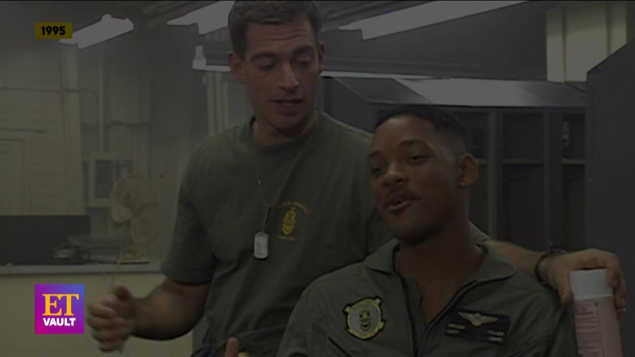 'Independence Day': Will Smith and Harry Connick Jr.'s Behind-the-Scenes Interview (Flashback)